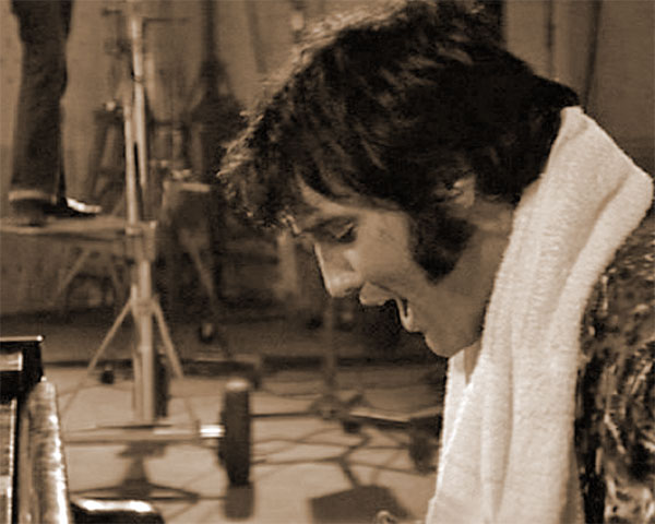 Elvis rehearsing How The Web Was Woven, 1970
