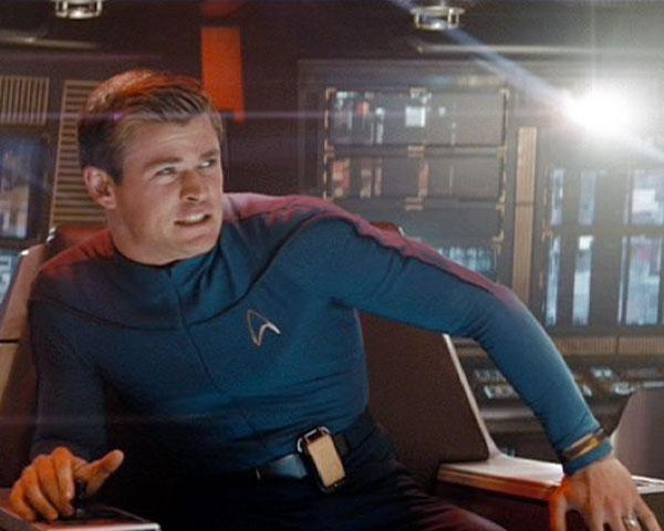 Chris Hemsworth is Lieutenant Commander George Kirk in STAR TREK (2009, Paramount).